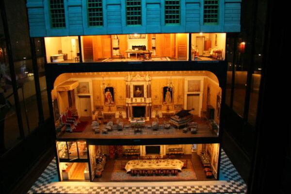 queen_marys_doll_house_at_windsor_castle